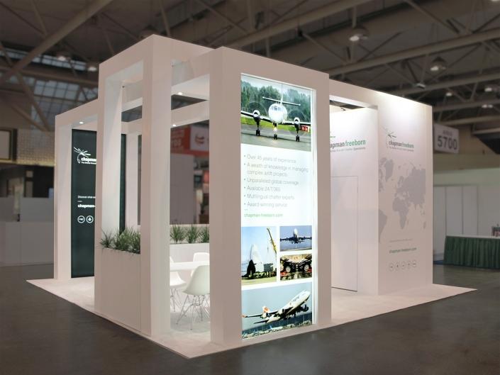 Stand-sur-Mesure-Chapman-Tiaca-Air-Cargo-Forum-2018-Kiosque-Toile-Lumineuse