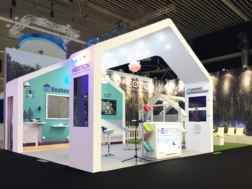 Stand-sur-Mesure-Neotion-IBC-2017-Kiosque-Europe