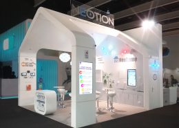 Stand-sur-Mesure-Neotion-MWC-2017-Kiosque-Europe